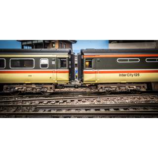 Hunt Couplings - Pack For HST Set With Clip Coupling - OO Gauge