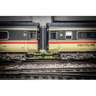 Hunt Couplings - Pack For HST Set With CLOSE Clip Coupling - OO Gauge