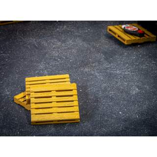 Detailed Wooden Pallets (Pack of 10) Available in N/OO & O Gauge